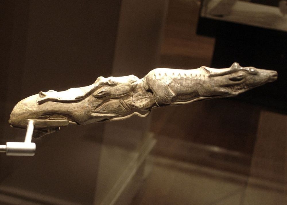 From the bones of giants (1/4)