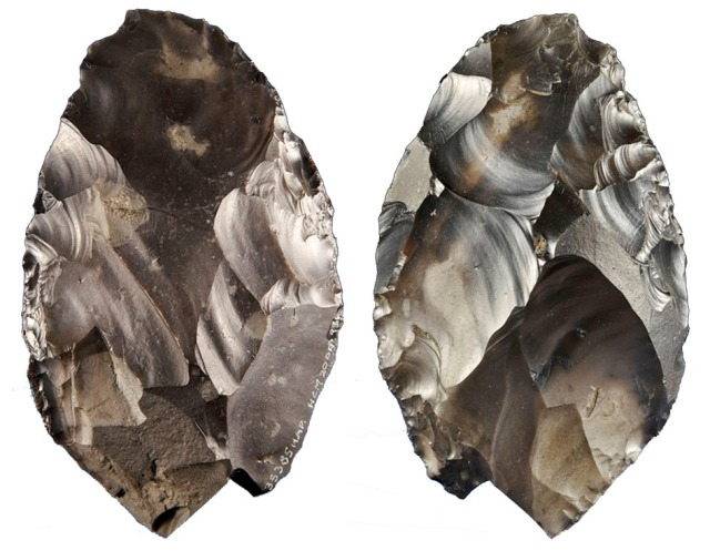 The gorgeous 500,000 year old hand axe found at Happisburgh. (Image from