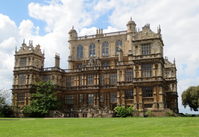 Nottingham Natural History Museum, Wollaton Hall. The Creswell Crags fossils are currently stored in the 'Geology Tower'. Photo Courtesy of @adamstuartsmith